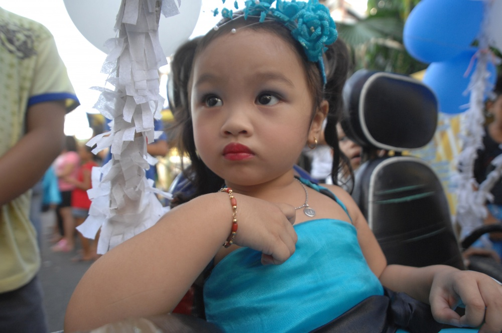 SANTACRUZAN02.jpg