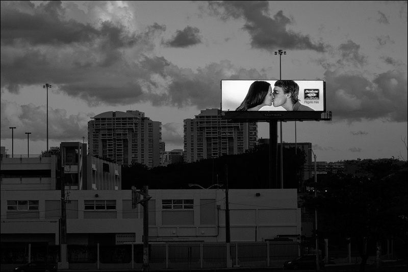 billboard-beso-BWw.jpg